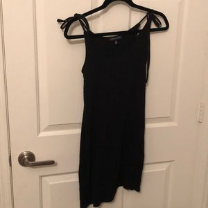 Black Kendall and Kylie dress